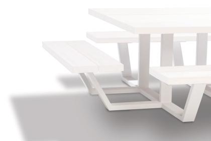 carré - vierkante picknicktafel - witte balken witte onderstellen