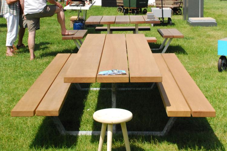 Cassecroute Table 17